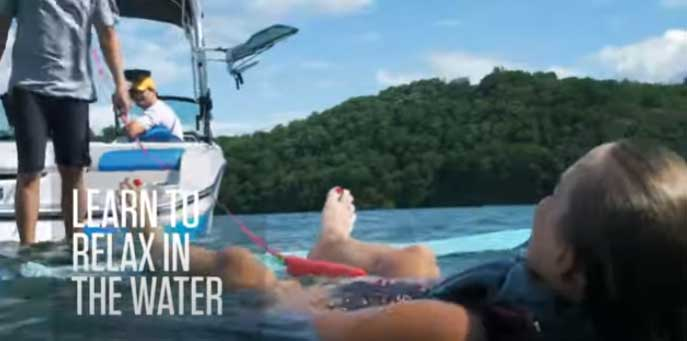 relax in the water while wakesurfing
